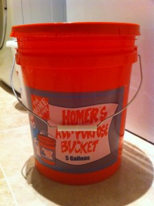 5 gallon bucket with lid: ...