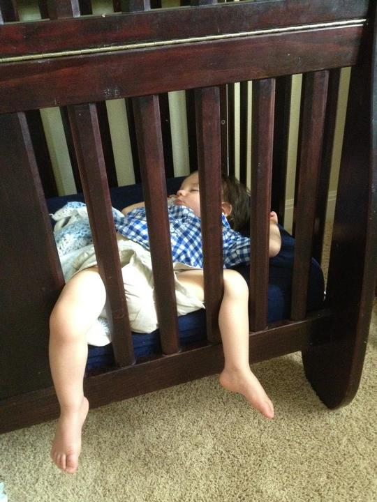 Baby Is Ready For A Toddler Bed, When Should You Go From Crib To Toddler Bed