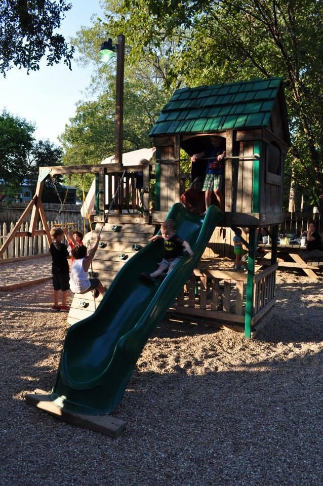 Freddie's Place, Kid Friendly Restaurants, Austin Moms Blog