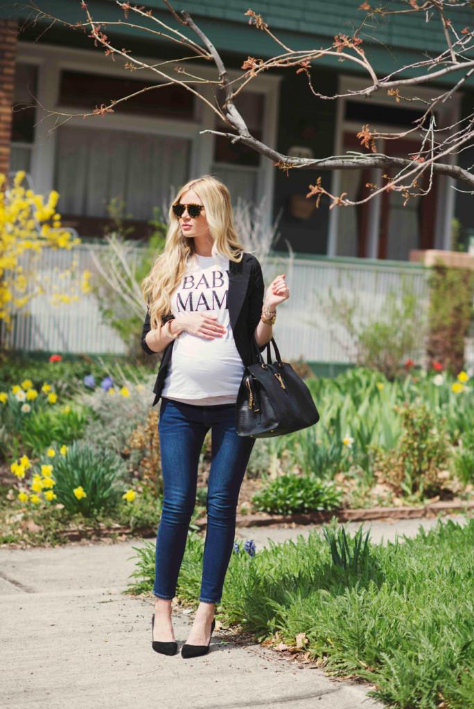 Pregnancy style on Austin Moms Blog