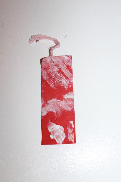 Austin Moms Blog-Malu-Valentine's Day Crafts-Bookmark