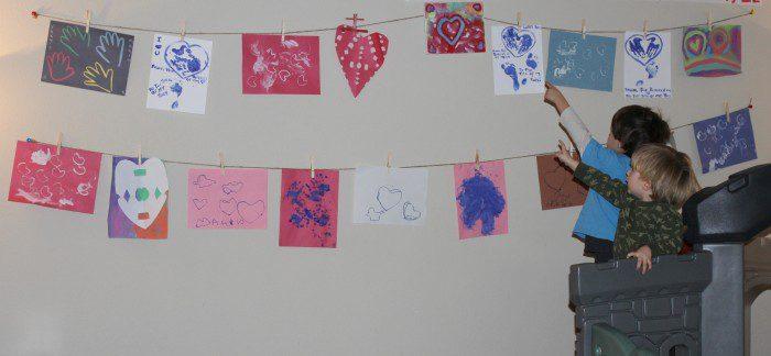 Austin Moms Blog-Malu-Valentine's Day Crafts-Hanging art