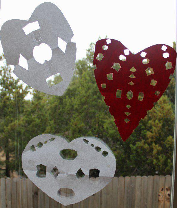 Austin Moms Blog-Malu-Valentine's Day Crafts-papel picado final