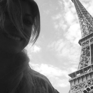 Solo selfies in Paris