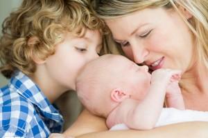austin-moms-blog-introducing-baby-sibling
