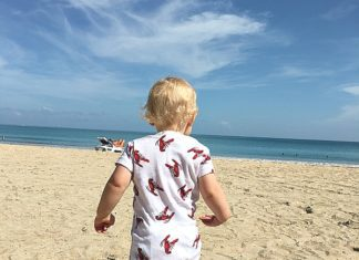 Travel Abroad with Toddlers | Austin Moms Blog | Erin Ruoff