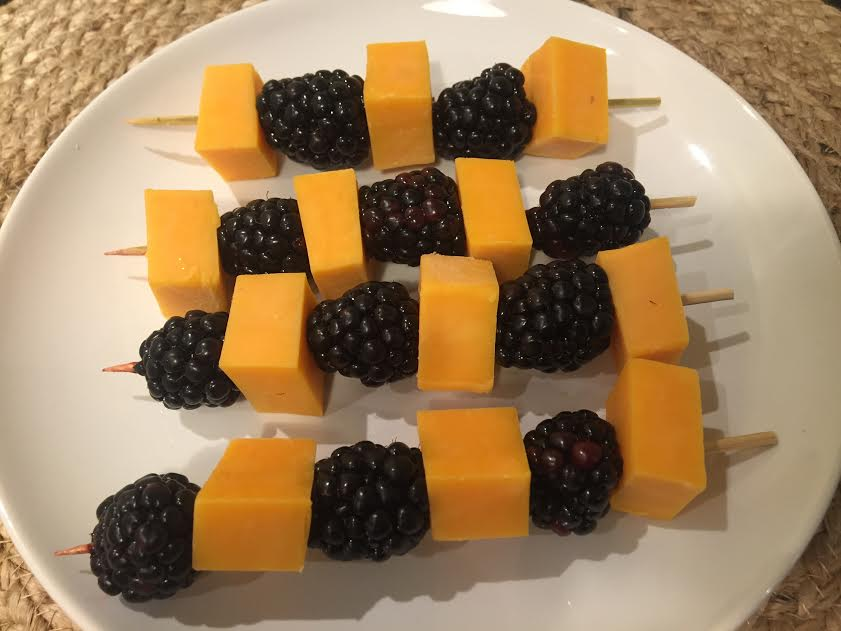 halloween-fruit-kabobs