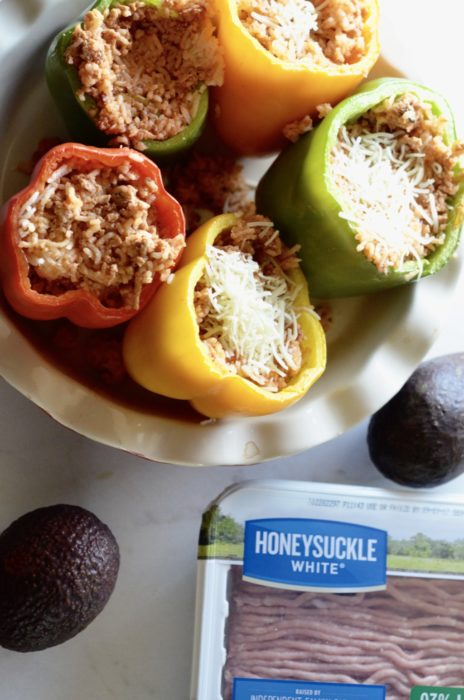 Honwy Suckle White Hatch Chili Stuffed Peppers | Austin Moms Blog | Erin Ruoff | Ground Turkey Recipes