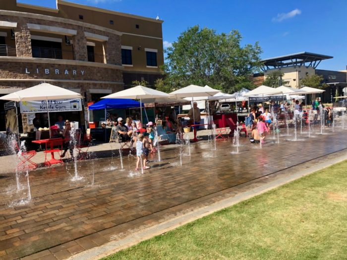 splash pad at the Hill Country Galleria in Austin, Texas