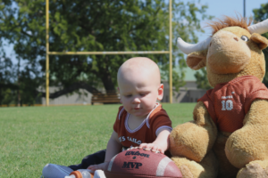 austin-moms-blog-hosting-a-tailgate-birthday-party-longhorns