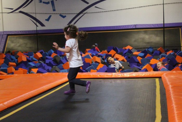 children jumping on trampline at altitude trampoline park